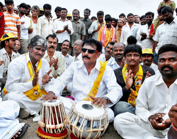byreddy rajasekhara reddy dharna in tank bund