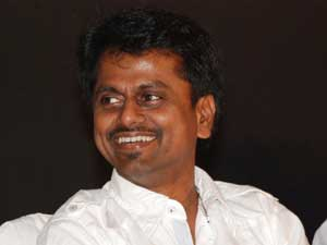 Wanted to be a naxalite: Murugadoss