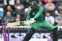 Twitter left in splits as shoaib malik clatters his own stumps