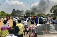Anti sterlite protests 11 killed in police firing during violent protests