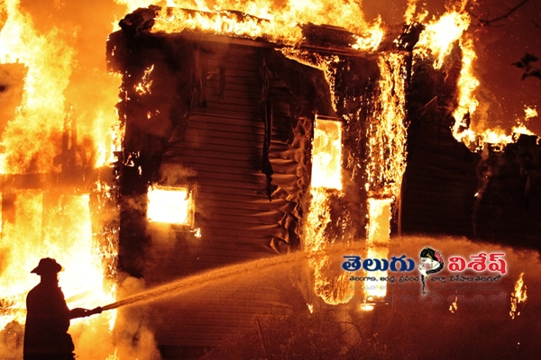 Fire accident in chittoor cloth show room