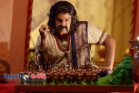 Hc notices to satakarni and rudramadevi makers