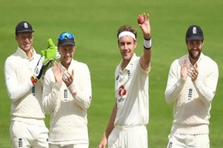 stuart broad joins james anderson in 500 wicket club