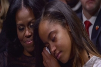 Michelle malia obama tear up after president s touching tribute during farewell speech