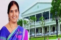 Trs mla padma devender reddy faces bad experience at governor farewell meeting