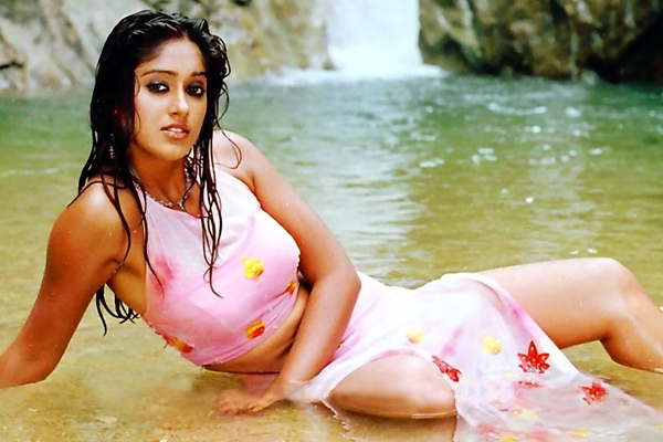 Ileana get hot item song offer in south industry