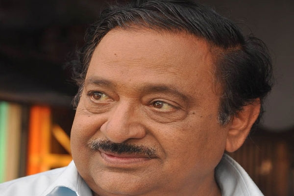 Cine artist chandramohan in hospital due to heart attack
