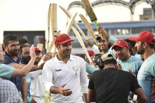 Mohammad nabi retires from test cricket receives winning farewell
