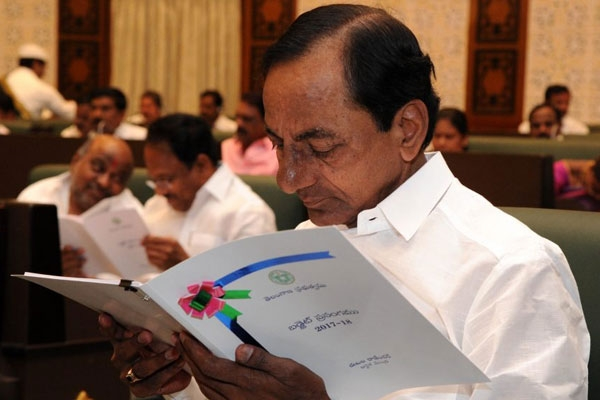 Cm kcr gives clarity on early poll in telangana